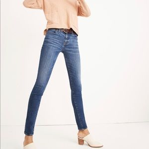 "Madewell 8"" Skinny Jeans in Ames Wash"